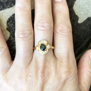 14K Yellow Gold Womens Small Oval Sapphire Ring
